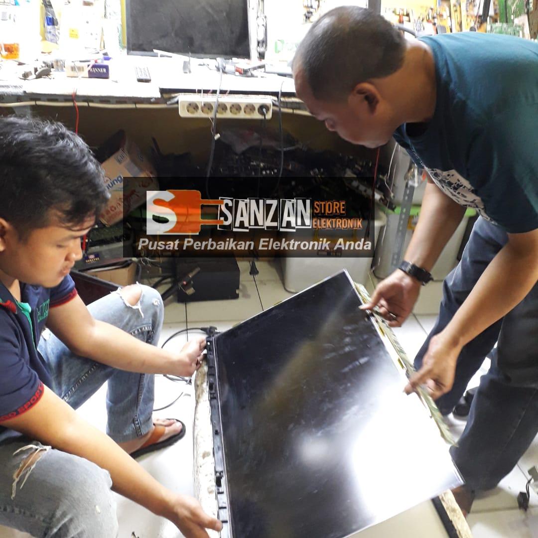 a Servis TV Panggilan Grand Depok City